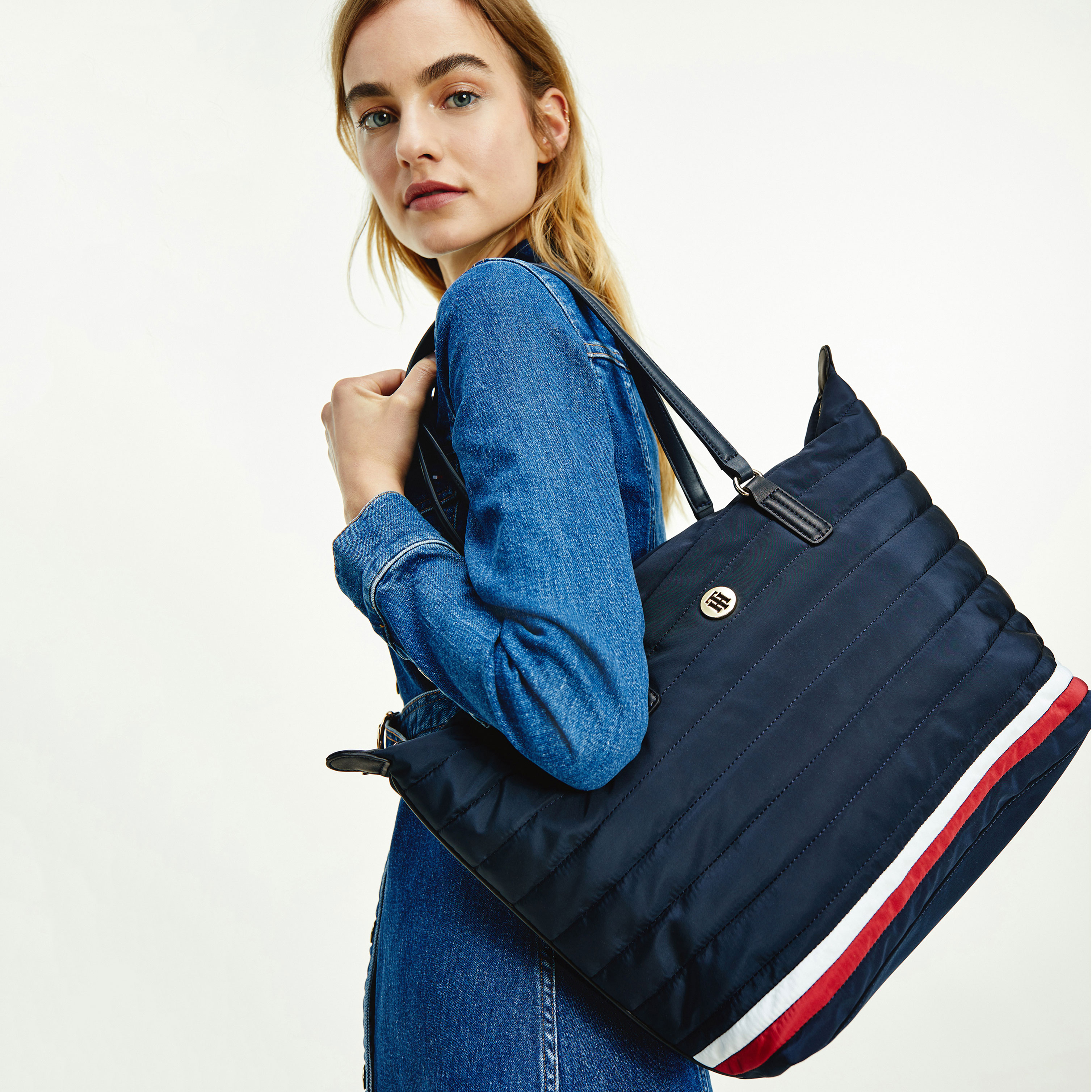 TOMMY HILFIGER Marroquinería Bolso Poppy Tote Quilt AW0AW10473-DW5